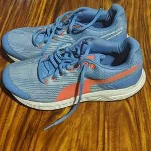 US Size 8 Puma Running shoes